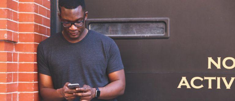Article : 3 astuces pour prévenir le cou texto