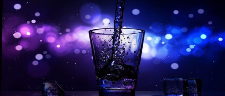 Article : Cinq raisons de ne plus jamais boire de l'eau glacée